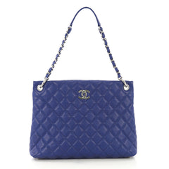 Chanel Model: Easy Tote Quilted Caviar Large Blue 42583/2