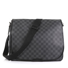 Louis Vuitton Daniel Messenger Bag Damier Graphite GM Black 4438532