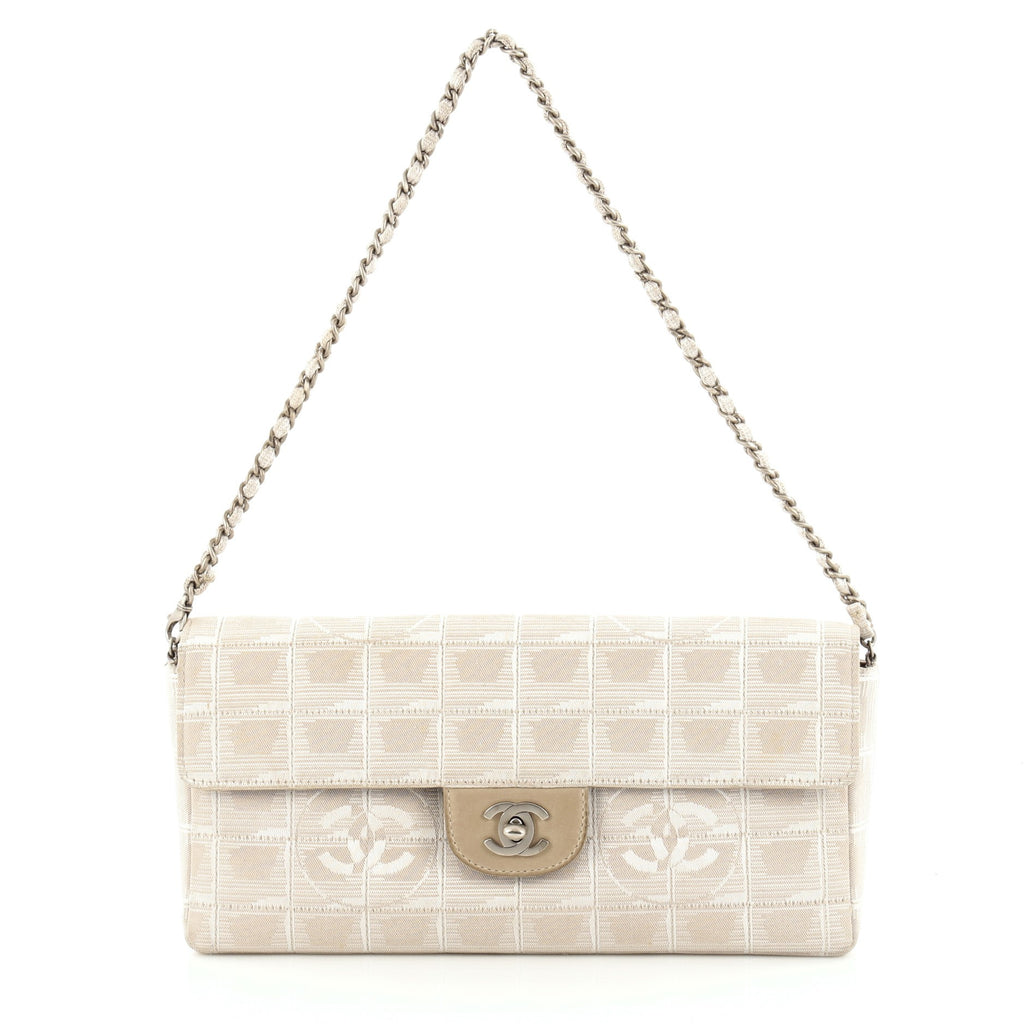 75ade016f374 Buy Chanel Travel Line Flap Bag Quilted Nylon East West White 948801 – Rebag