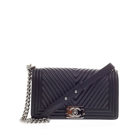 81d7d12ed3d5 Buy Chanel Boy Flap Bag Chevron with Micro Chain Detail 178601 – Rebag