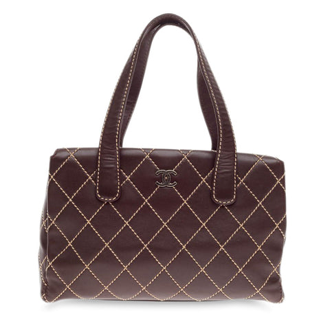 a225ba20bf8f2b Buy Chanel Surpique Tote Quilted Leather Large Brown 232301 – Rebag