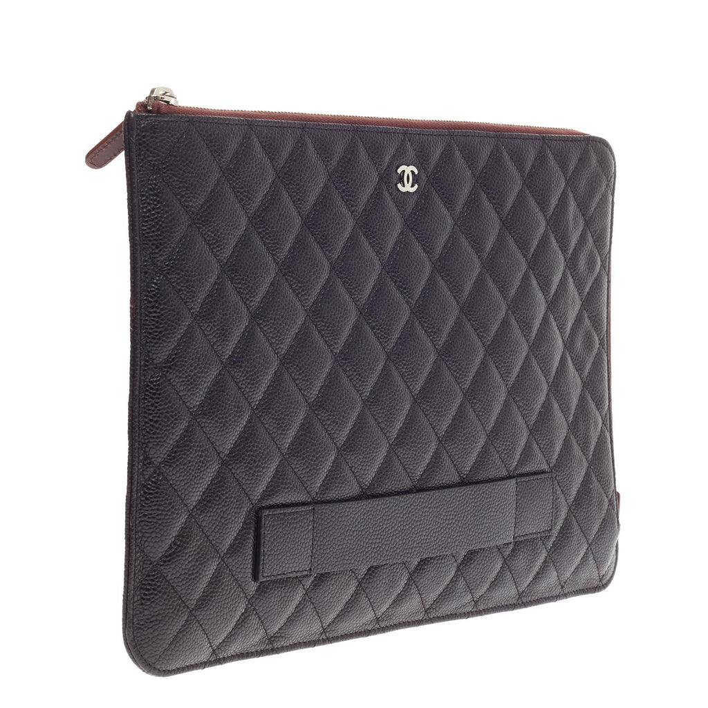 253698c46f3ede Buy Chanel Ipad Pouch Quilted Caviar Large Black 470101 – Rebag