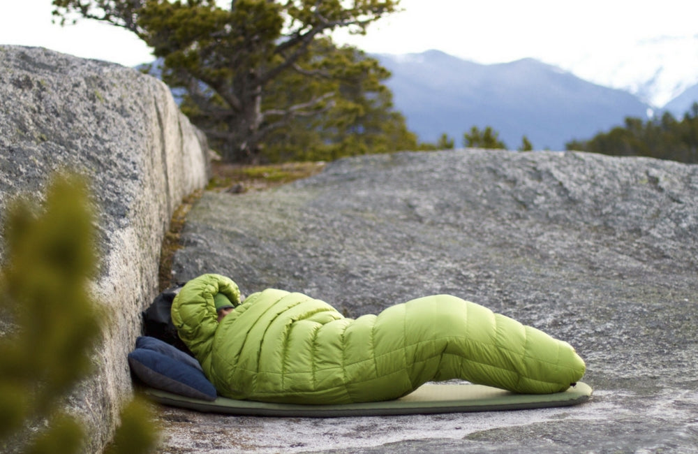 best sleeping bag liner for backpacking and hiking