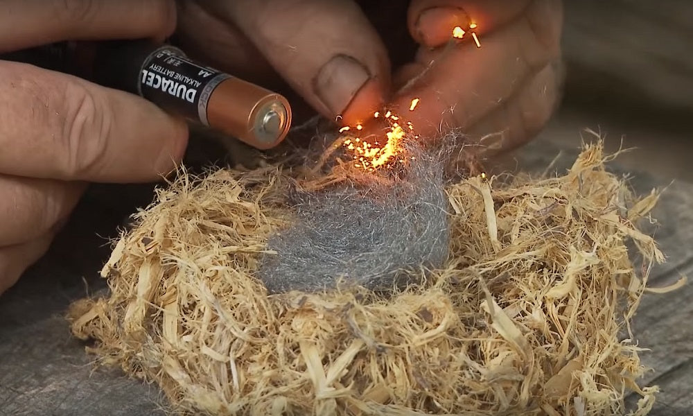 How to Make Fire with Battery and Wool