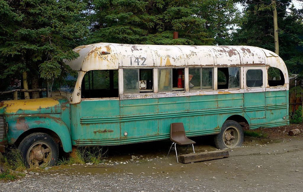into the wild bus replica