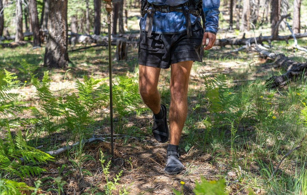 how to wear hiking sandals with socks