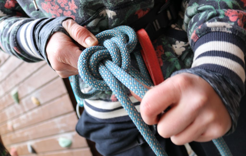 How To Tie Knots 11 Essential Knots For The Outdoors W Animations Greenbelly Meals