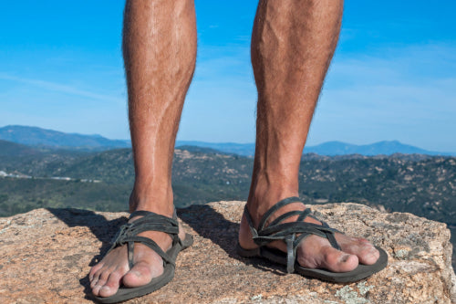 6 Best Minimalist Sandals: Guide to Barefoot and Running Sandals