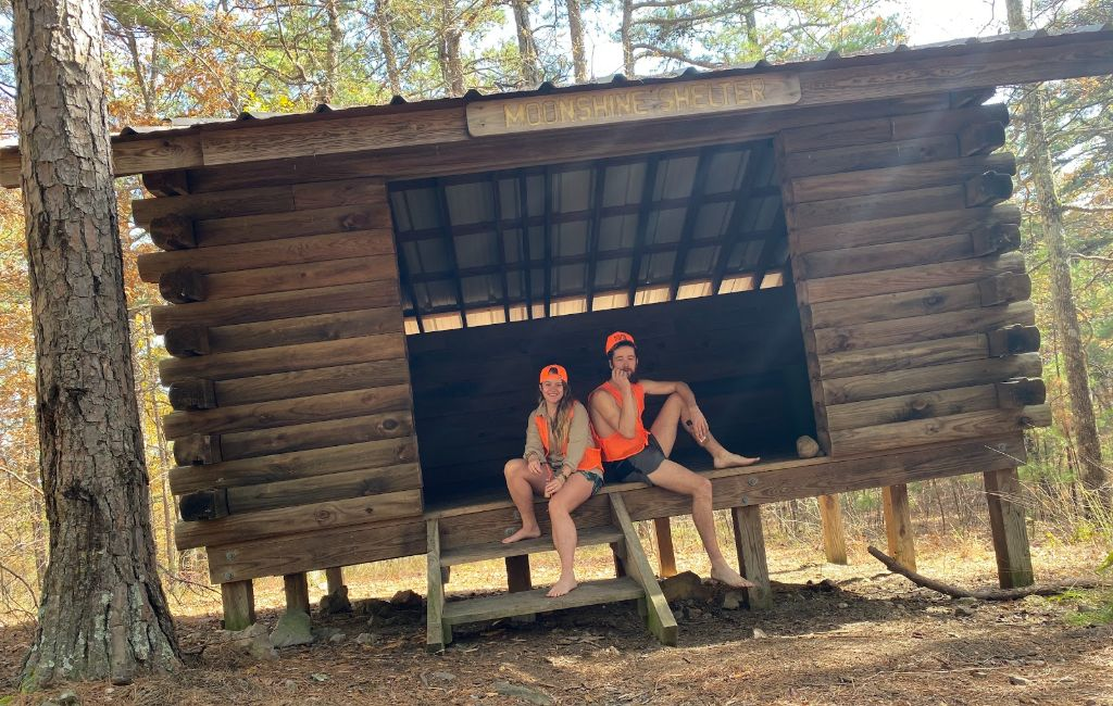 moonshine shelter on the ouachita trail