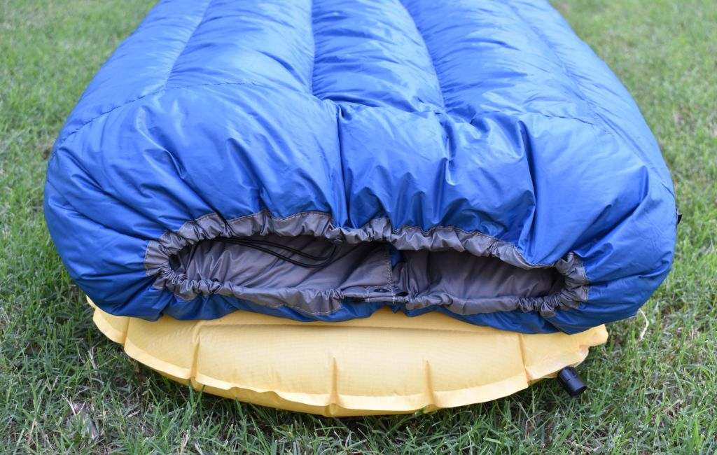 vertical baffles on backpacking quilt