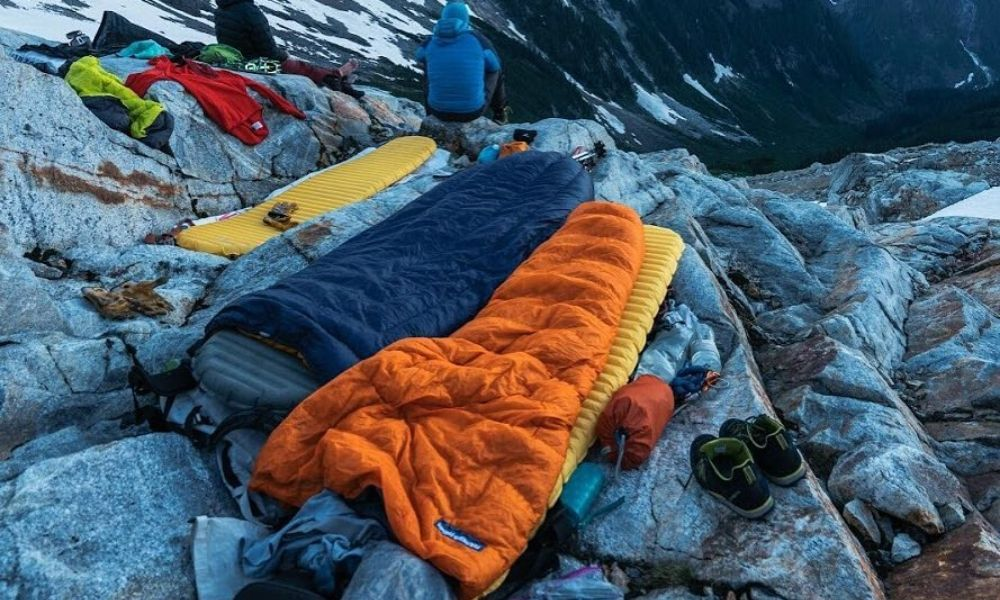 sleeping bag mountain top