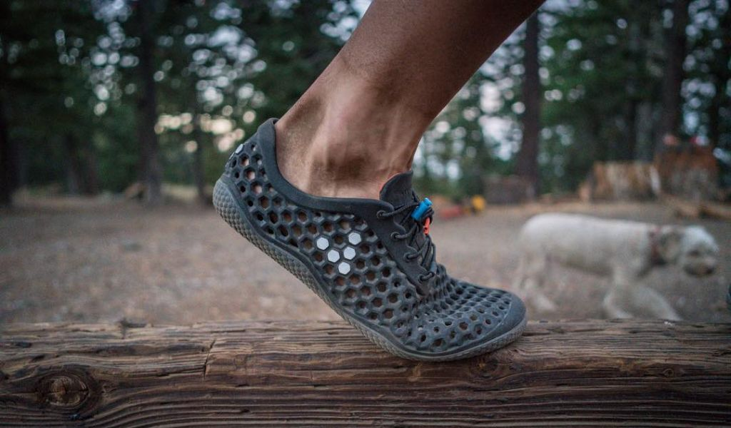 5d64fa85ce1f 7 Best Camp Shoes  Guide to Ultralight Backpacking Footwear ...