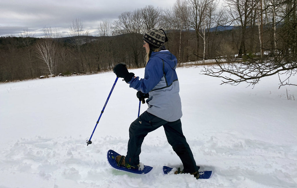 how to walk in snowshoes