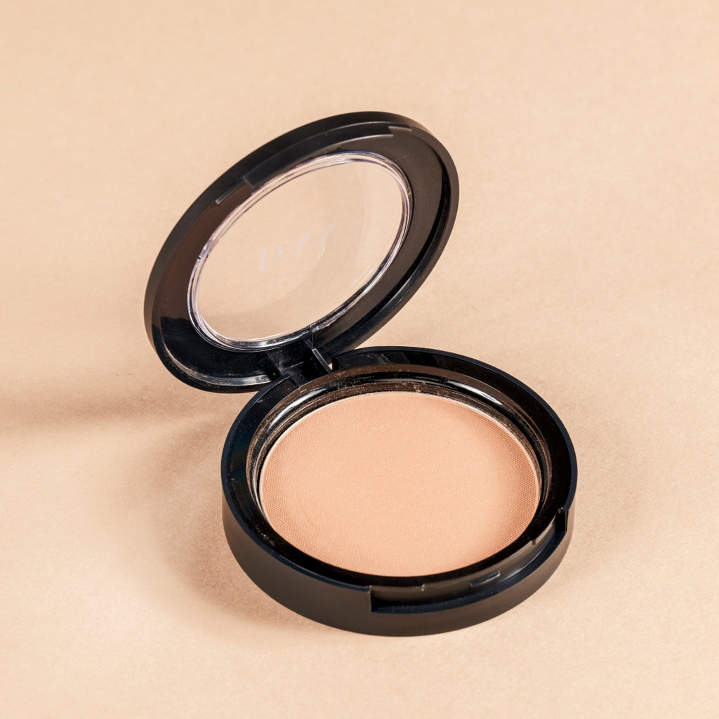 The matte suntouched pressed powder bronzer
