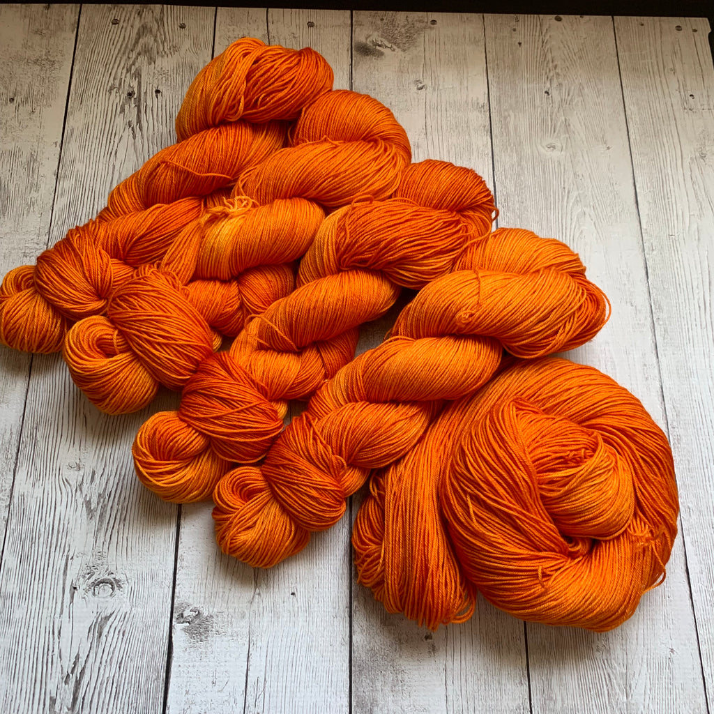 PUMPKIN -  Semi-Solid Kettle Dyed Fing/ Sock weight - 463 yds 3.5 oz or 20 gr minis RTS (812)