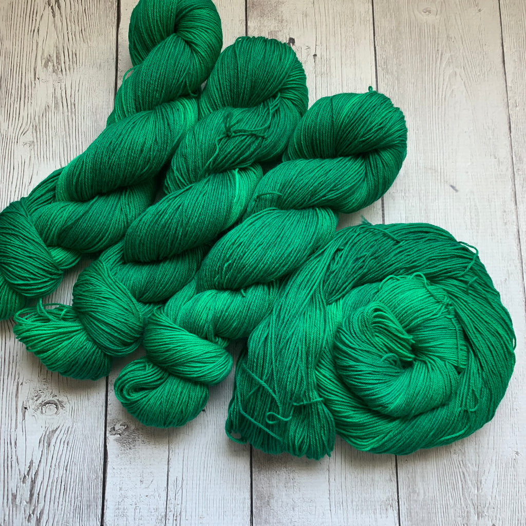 HOLLY JOLLY GREEN™ -  Semi-Solid Kettle Dyed Fing/ Sock weight - 463 yds 3.5 oz RTS (819)