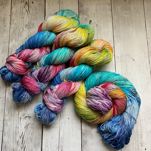 Woodstock™ Speckled Kettle Dyed Fing/Sock Hand Paint - 463 yds RTS (730)