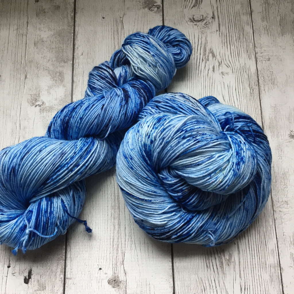 Blue Lagoon™ Speckled Fing/Sock Hand Paint - 463 yds RTS (903)