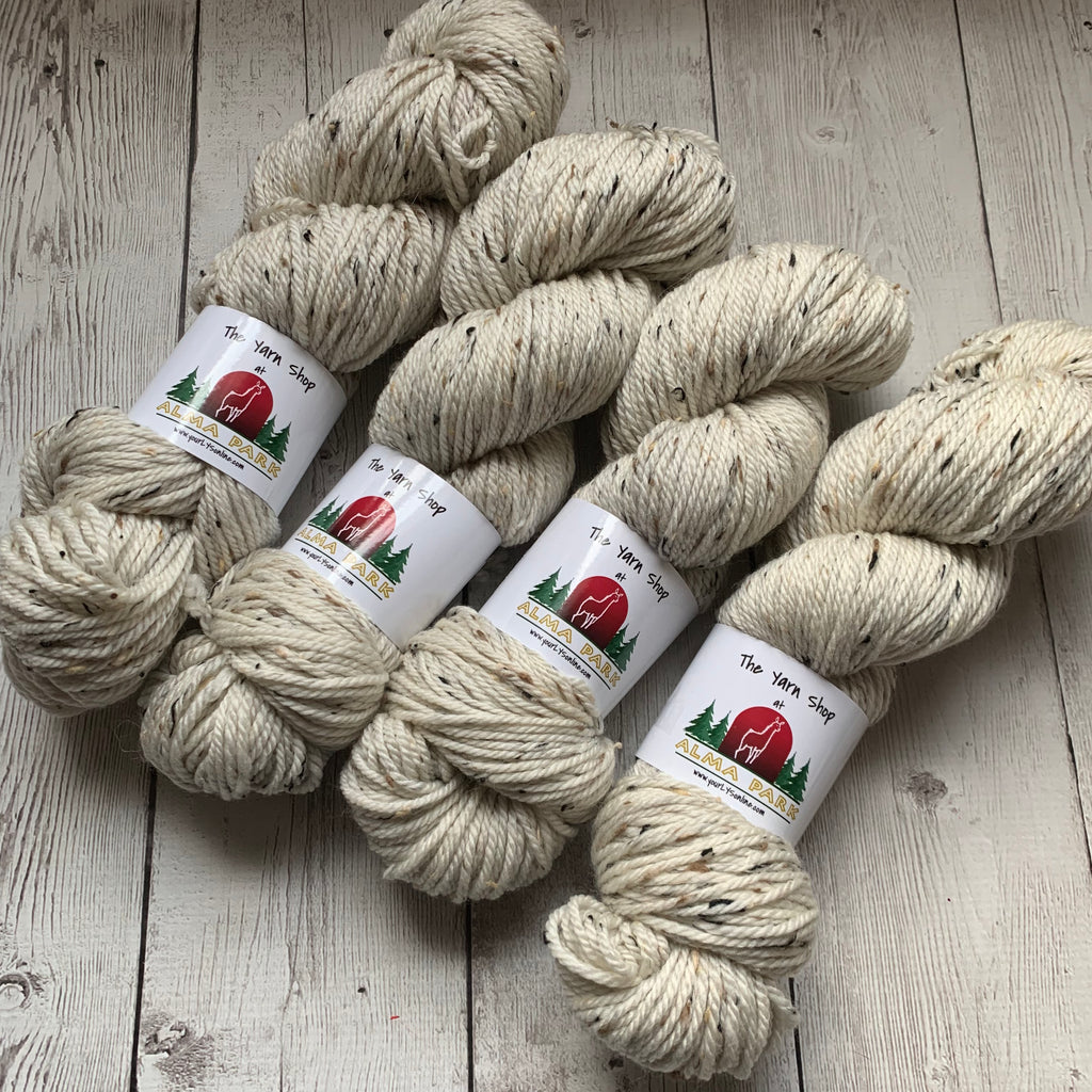 ARAN WEIGHT - WALKERS™ - UNDYED 183 yds 3.5 oz RTS