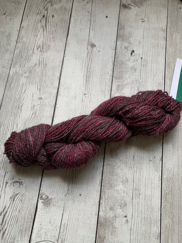 "DK Hand Spun -  ""Night Vineyard"" Icelanic Blend  (HS028)"