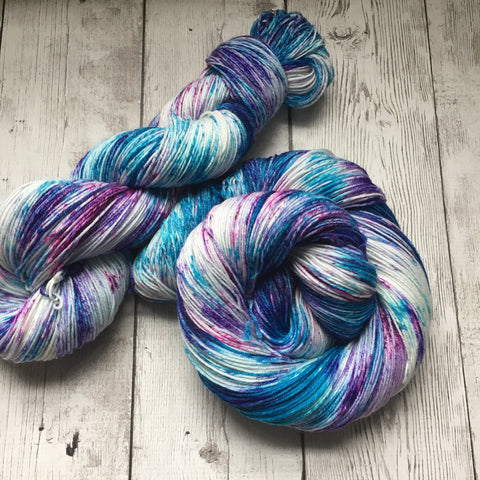 Berry Juice™ Speckled Fing/Sock Hand Paint - 463 yds RTS (924)