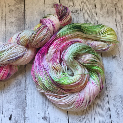 Garden Walk™ Speckled Fing/Sock Hand Paint - 430 yds RTS (808)
