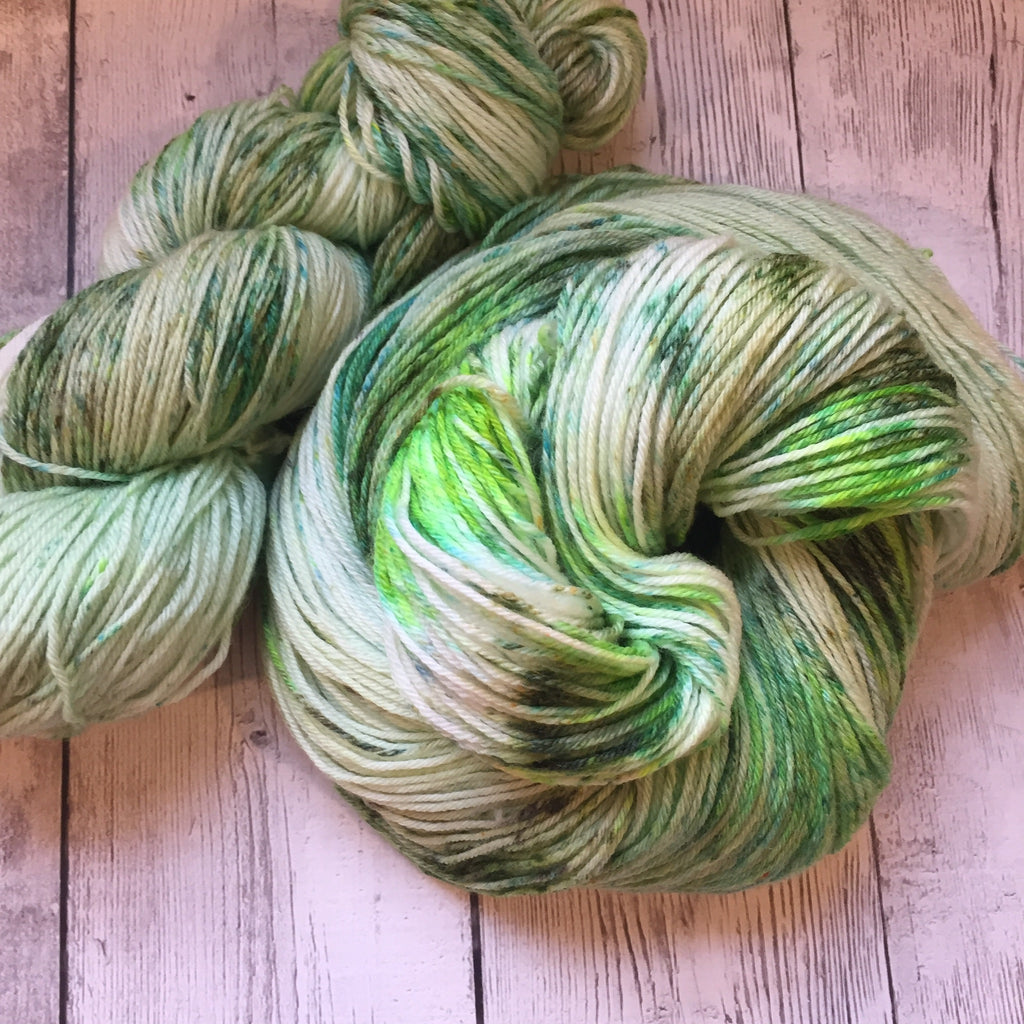 Seaweed at the Jersey Shore™ Speckled Fing/Sock Hand Paint - 430 yds RTS (808)