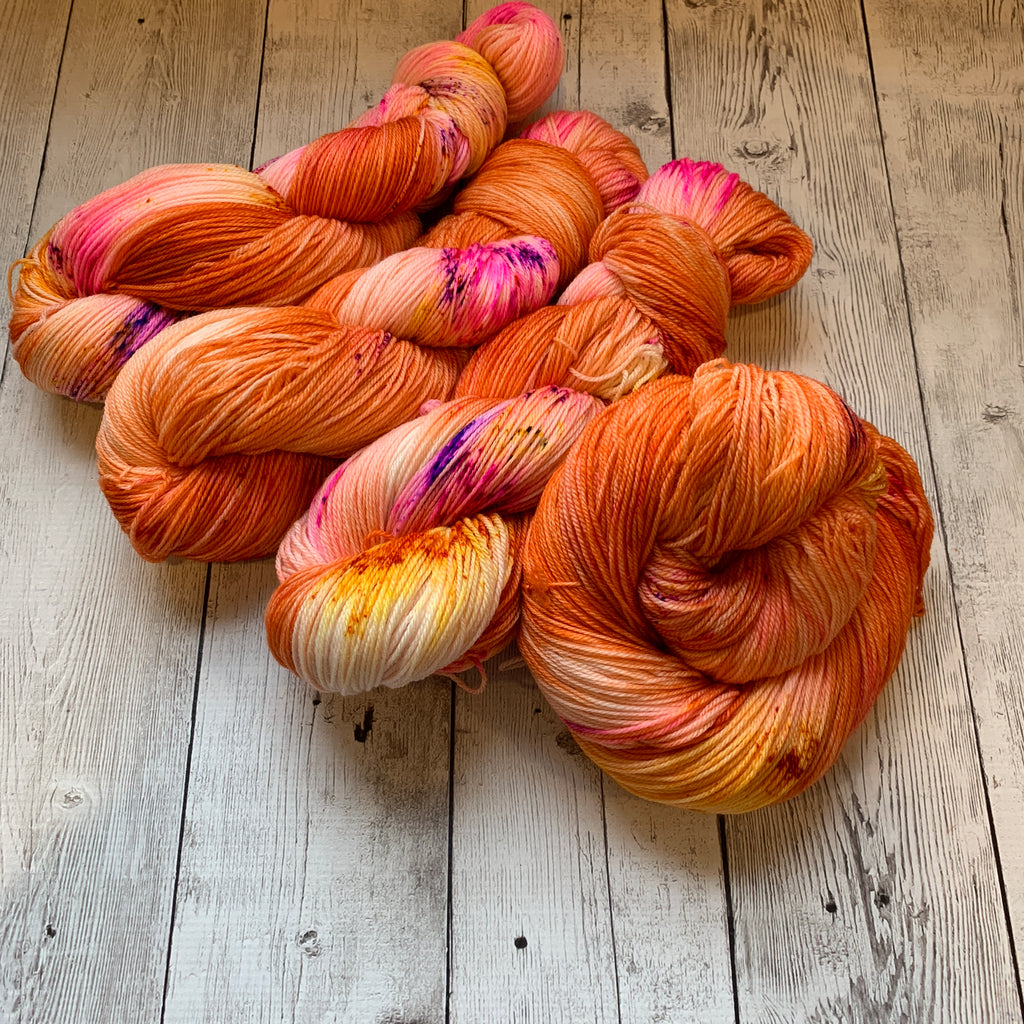 You're so Vain™ Handpainted/Speckled Fing/Sock Hand Paint - 490 yds RTS (1219)
