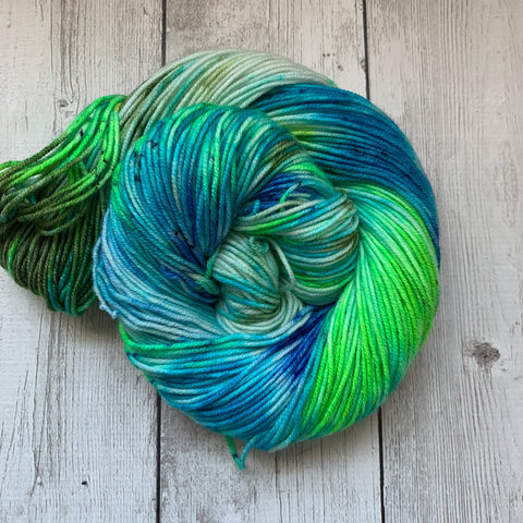 RIVER ROCK™️ Kettle dyed Speckled DK Hand Paint - 274 yds RTS (319)