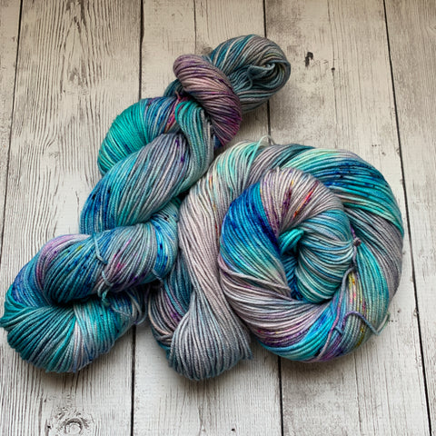 Misty Morning Sunrise™ SWM Speckled/Hand Paint DK - 274 yds RTS (327)