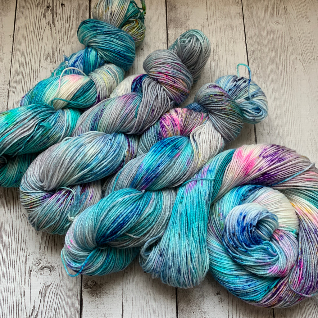 Misty Morning Sunrise™ Alpaca Fing/Sock Speckled Hand Paint - 435 yds RTS (327)