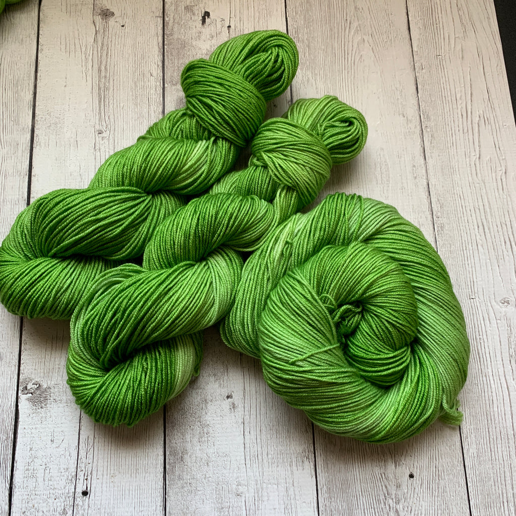 Doctor Who goes to Westeros™ (GREAT GRASS SEA) Semi-Solid Kettle Dyed DK - 274 yds 3.5 oz RTS (328)