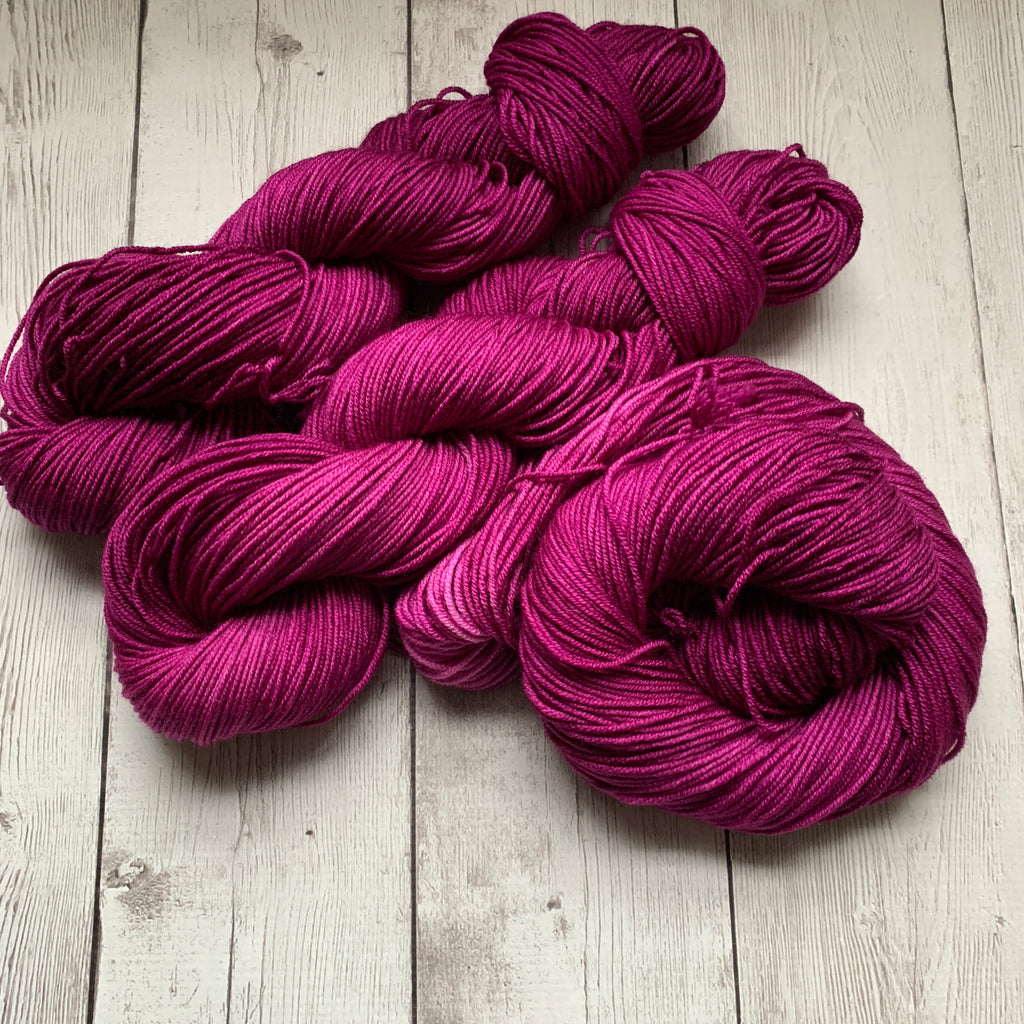 Doctor Who goes to Westeros™ ( DORNISH SWEET SUMMER WINE) Semi-Solid Kettle Dyed DK - 274 yds 3.5 oz RTS (328)