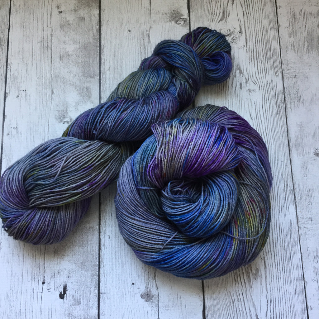 Purple Mountains Majesty™ Speckled Kettle Dyed Fing/Sock Hand Paint - 463 yds RTS (903)