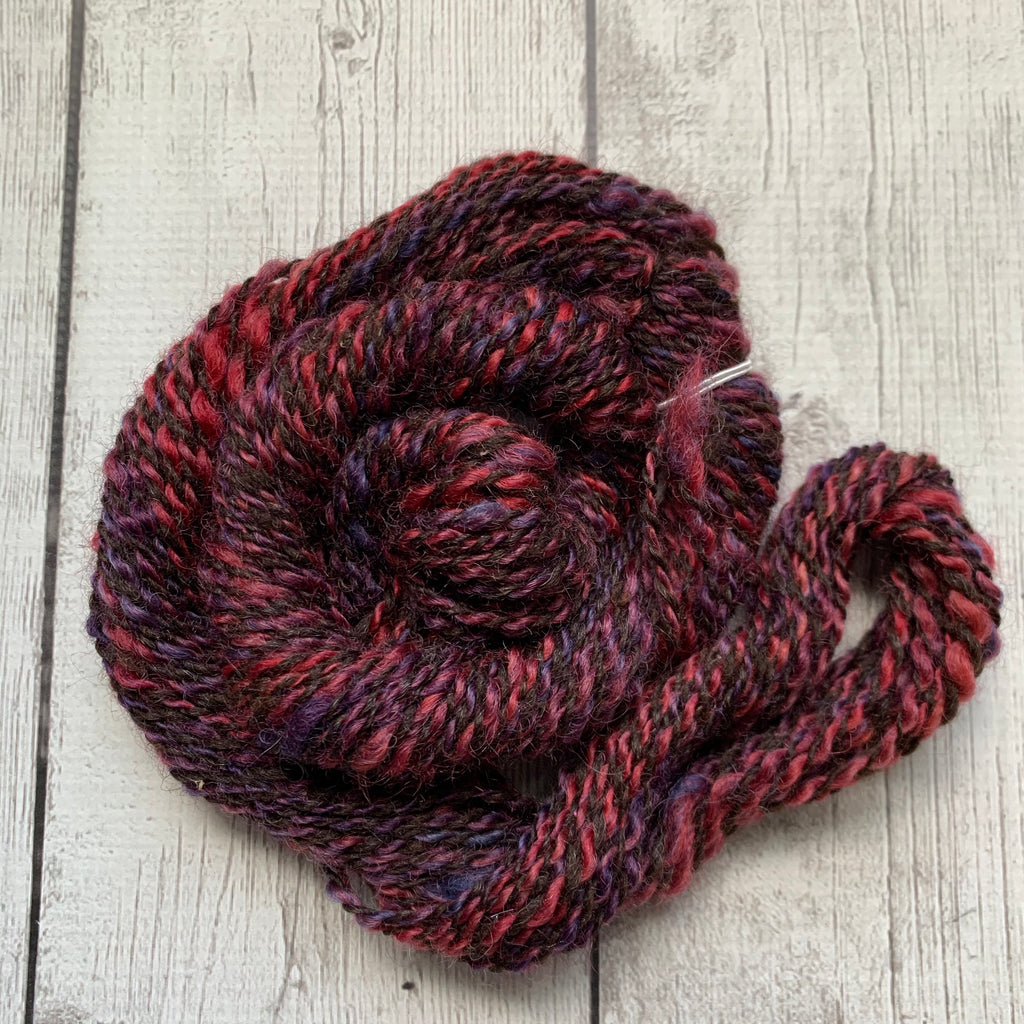 WORSTED- Romney and Coopworth Wool 52 yds  0.9  oz (09111)