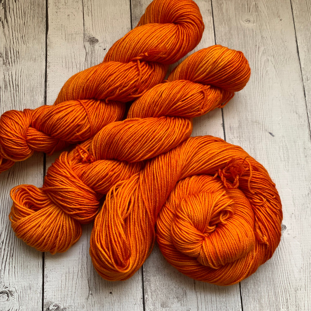 PUMPKIN™ -  Semi-Solid Kettle Dyed DK - 274 yds 3.5 oz RTS (812)