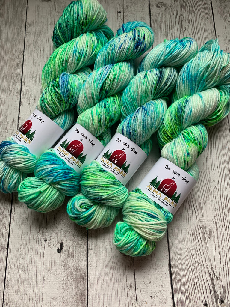 DK - SEA GLASS SPECKLED - 274 yds RTS