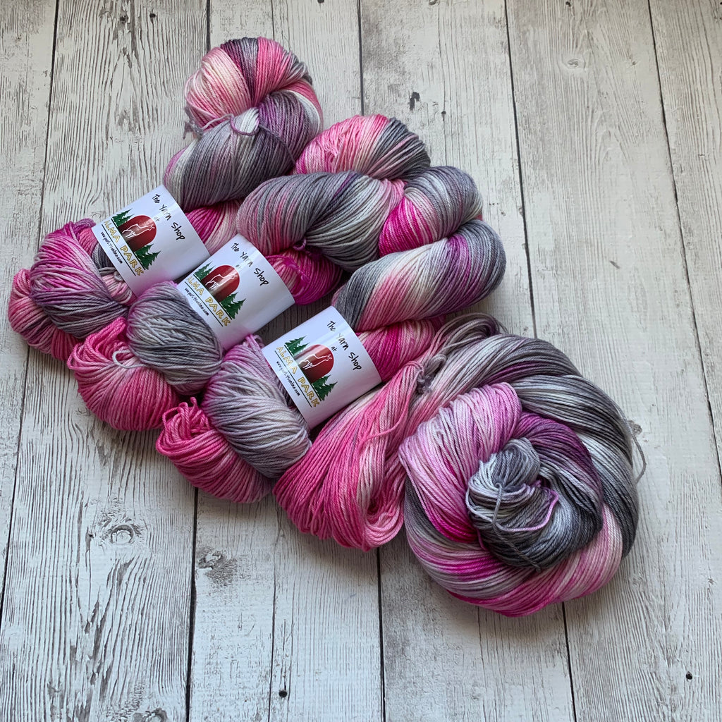 SOCK WEIGHT - PINK CAMO™  MCN Hand Paint - 437 yds RTS (030520)