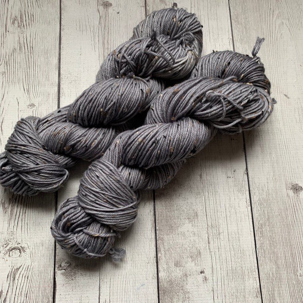 DK WEIGHT -  VALYRIAN STEEL  Semi-Solid Kettle Dyed - Donegal Tweed 231 yds 3.5 oz RTS (012420)