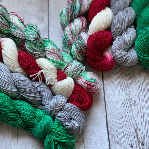 CHRISTMAS WONDERLAND™ KIT -  Speckled/Kettle dyed Fing/Sock Hand Paint - 924 yds RTS (1208)