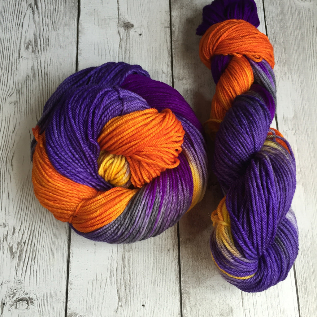 Lars Purple Mtn Autum™ Worsted Weight - Kettle Dyed - 218 yds - 3.5 oz (828)