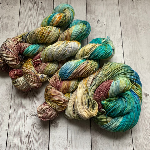 SOCK WEIGHT - WETLANDS™ Speckled Hand Paint - 463 yds  or minis RTS (021820)
