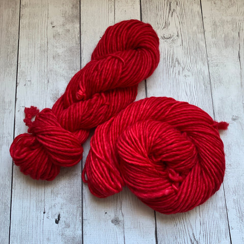 SUPER BULKY - (SANTA SUIT RED) - 100 grams 76 yds RTS (1003)