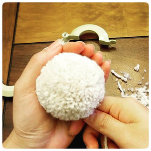 How to make Perfect Pom-Pom using Clover Pom-Pom Maker