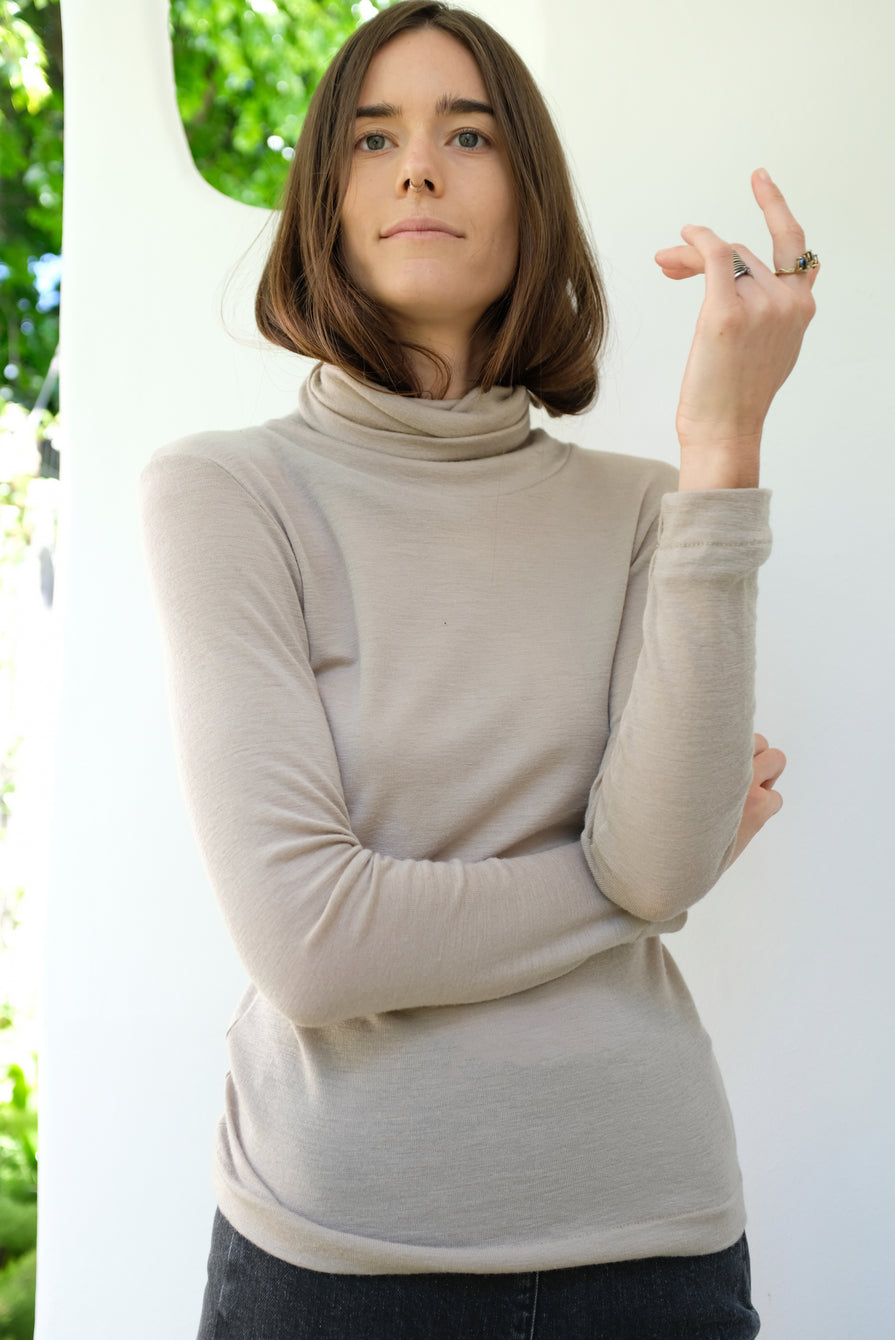Beklina Merino Turtleneck Nut