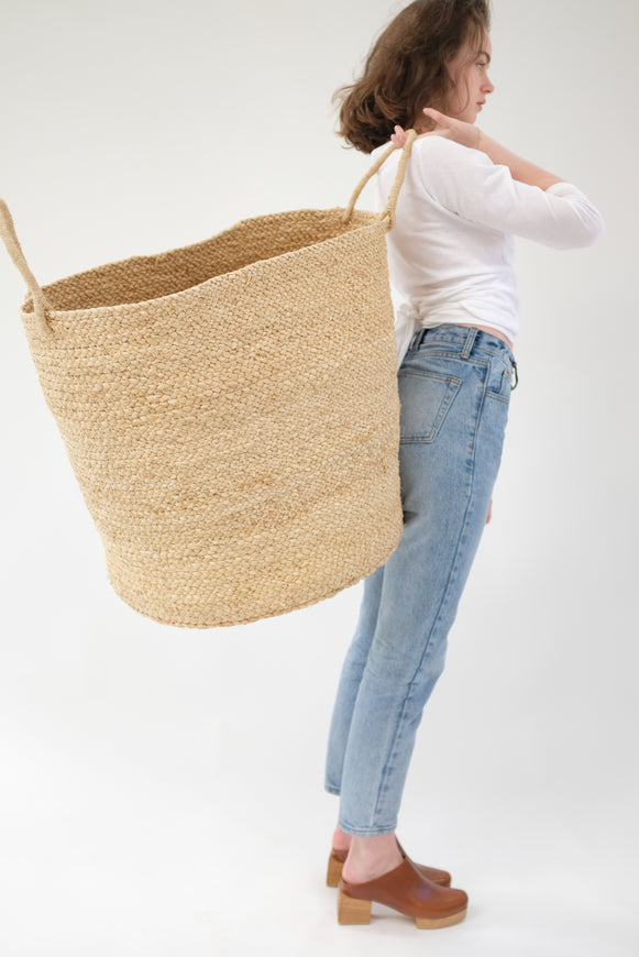 Large Braided Raffia Basket