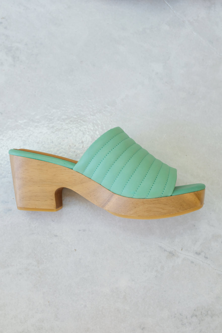Beklina Ribbed Clog Open Toe Mint