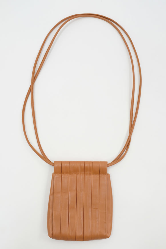Beklina Pleated Bag Dry Clay