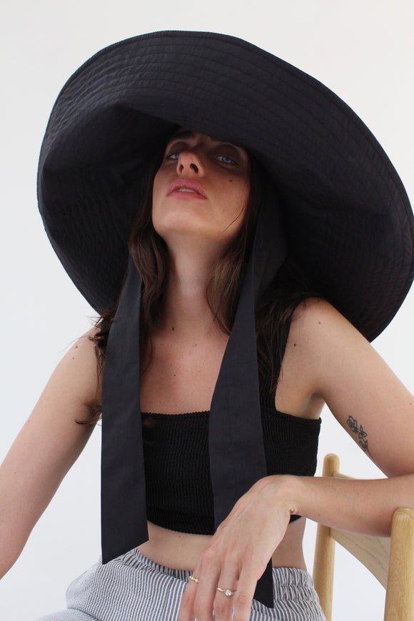 Beklina Voluminoso Tie Hat Black