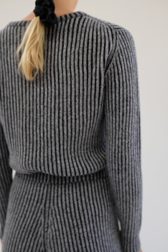 Beklina Cashmere Ribbed Crew Sweater Black